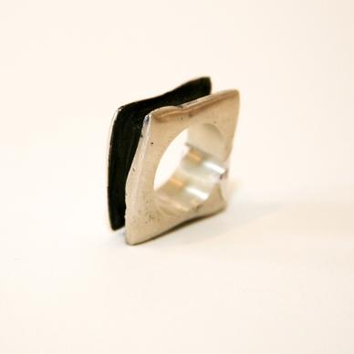 Cuadrado Ring $160